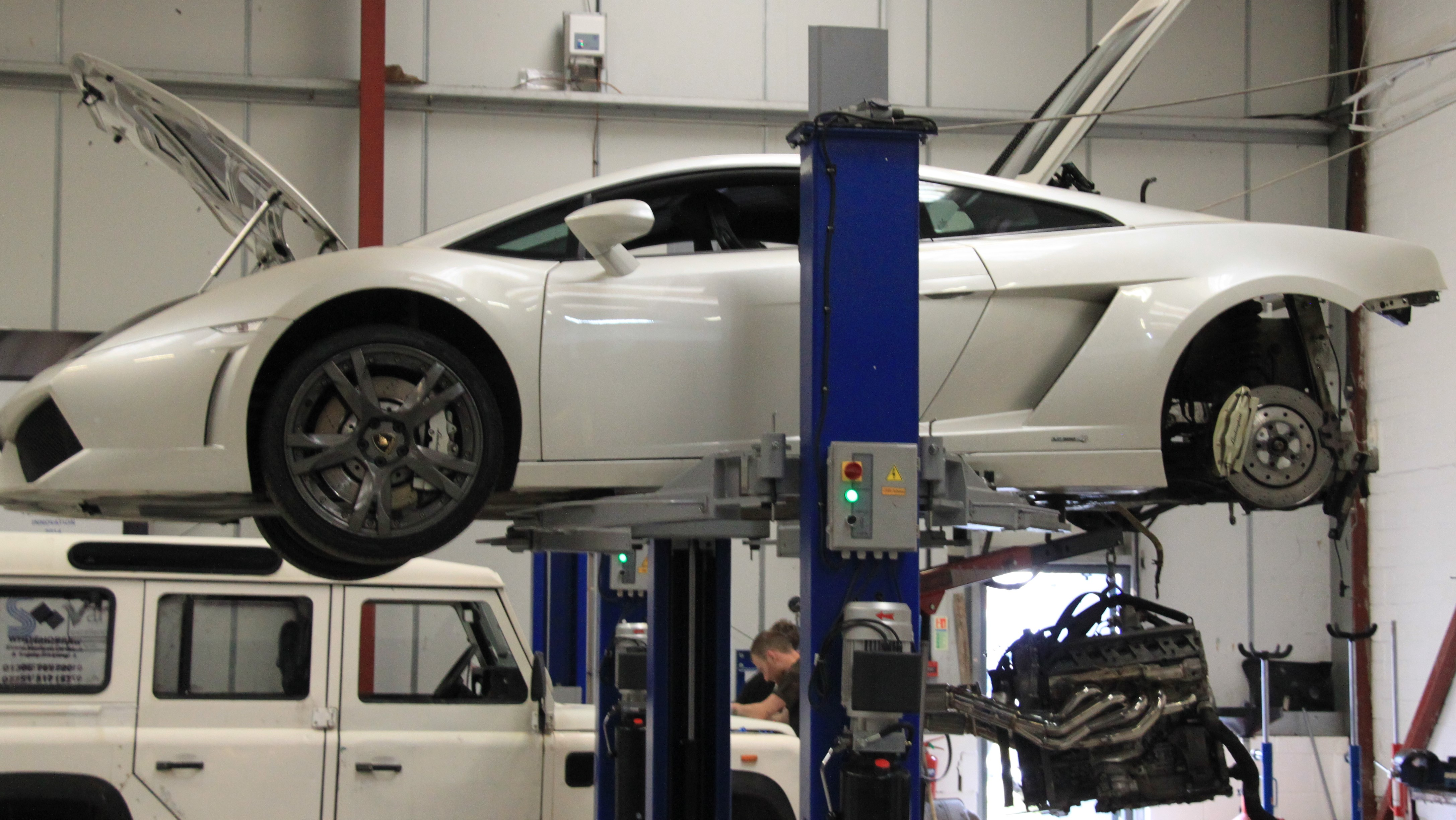 Lamborghini exhaust de-cat