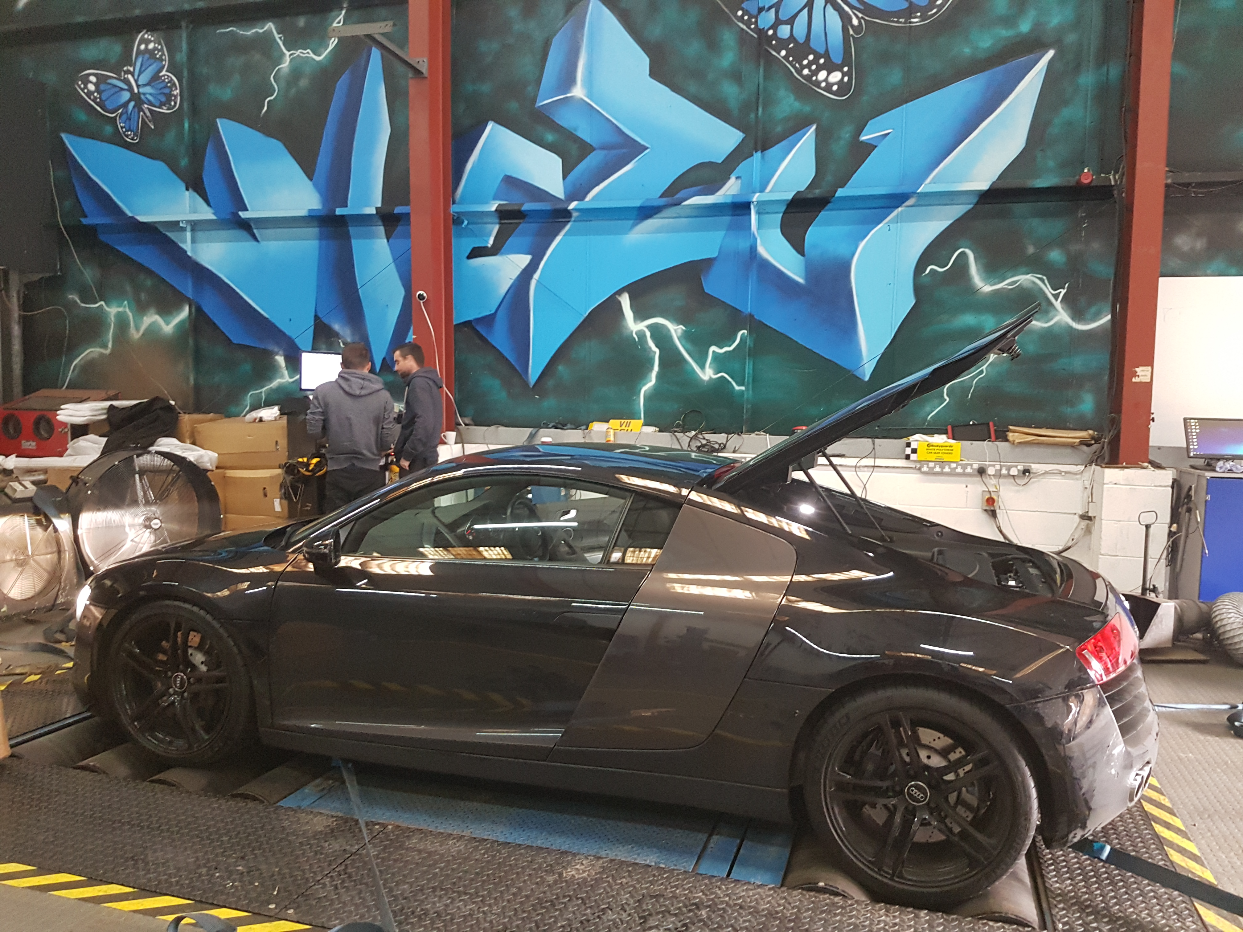 Audi R8 Performance Tuning & Exhaust