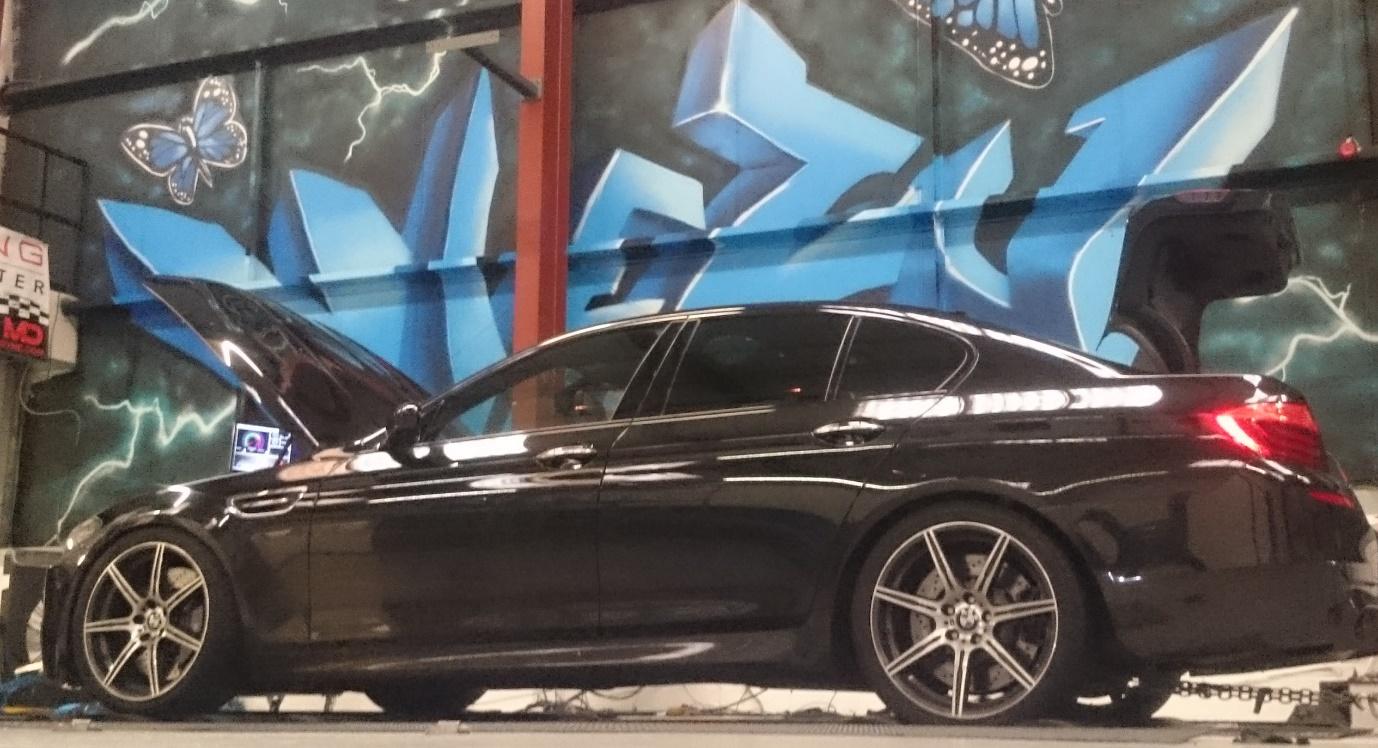 BMW m5 performance tuning viezu